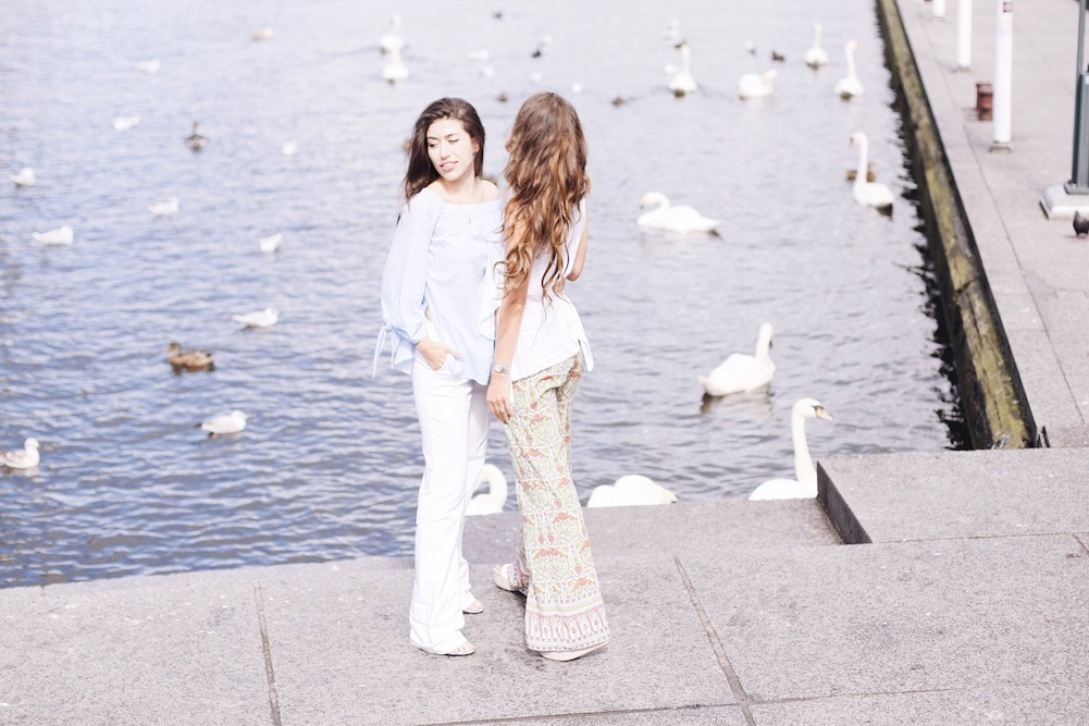 mother-and-daughter-photoshooting-1